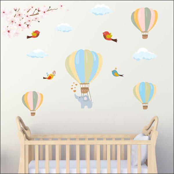 Αυτοκόλλητο τοίχου Αερόστατα με ελεφαντάκι