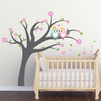 Δέντρο με ερωτευμένες κουκουβάγιες αυτοκόλλητο τοίχου
