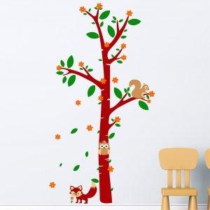 Δέντρο με ζώα του δάσους αυτοκόλλητα τοίχου