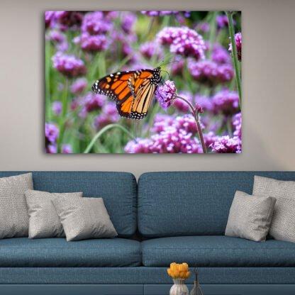 Πίνακας σε καμβά πεταλούδα στη φύση